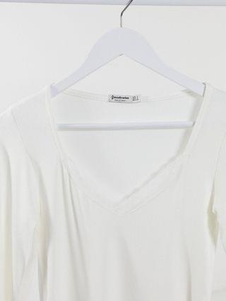 WOMEN Stradivarius long sleeve top with lace trim in white