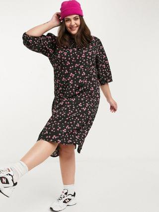 WOMEN Wednesday's Girl Curve midi smock dress with tiered skirt in vintage floral
