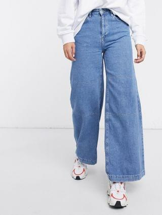 WOMEN The Ragged Priest relaxed wide leg skater jeans in mid wash denim