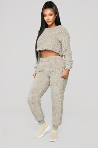 WOMEN Winter Cabin Nights Pant Set - Grey