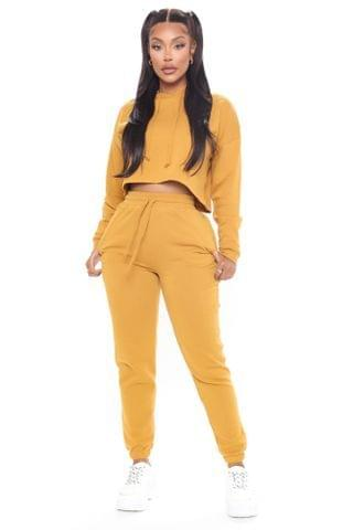 WOMEN Work Things Out Fleece Joggers - Mustard