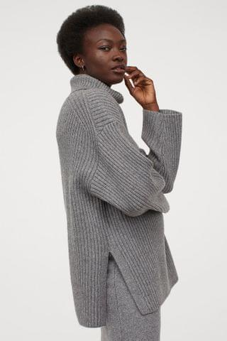 WOMEN Ribbed Turtleneck Sweater