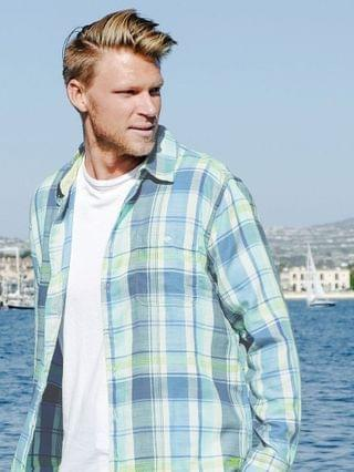 MEN Shoreline Shirt - Surf Blue Plaid