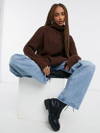 WOMEN Moon River turtle neck knitted sweater in brown