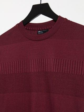 muscle fit fancy ribbed T-shirt in burgundy
