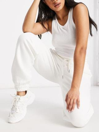 WOMEN Hourglass super oversized sweatpants in winter white