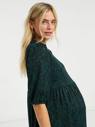WOMEN New Look Maternity comfy crinkle midi smock dress in green animal