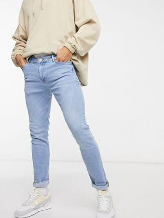 skinny jeans in light wash blue