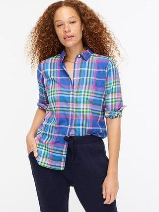 WOMEN Classic-fit boy shirt in colorful plaid flannel