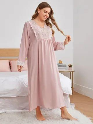 WOMEN Plus Floral Embroidery Lace Trim Nightdress