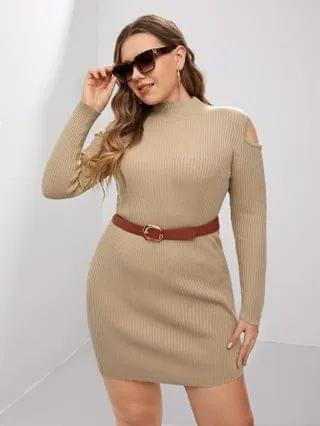 WOMEN Plus Cut Out Sweater Dress Without Belted