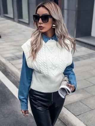 WOMEN Cable Knit V-neck Vest Sweater