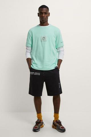 MEN T-SHIRT WITH PATCH