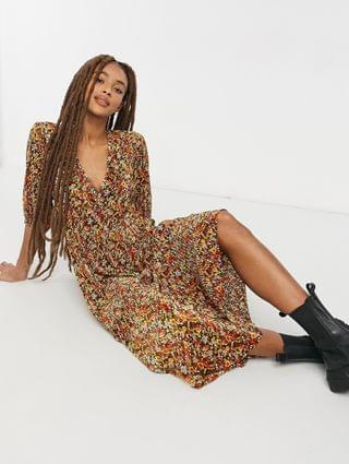 WOMEN plisse v neck maxi dress with tiered hem with long sleeves in fall floral