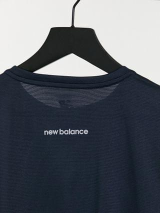 New Balance Running accelerate T-shirt in color block black