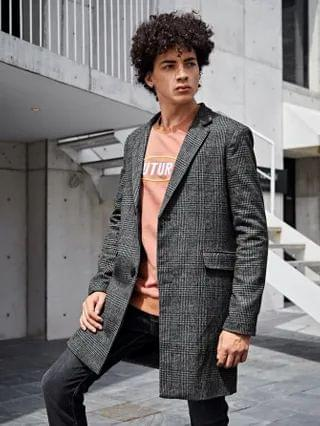 MEN Notched Collar Buttoned Front Plaid Coat