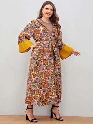 WOMEN Plus Geo And Floral Print Belted Kimono