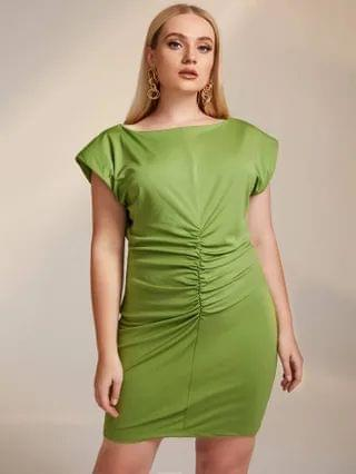WOMEN Plus Ruched Padded Shoulder Bodycon Dress