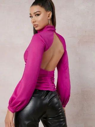 WOMEN Funnel Neck Ruched Backless Top