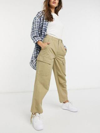 WOMEN cargo pants with 3D pockets in stone