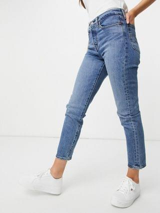 WOMEN Levi's wedgie icon fit jeans in light wash