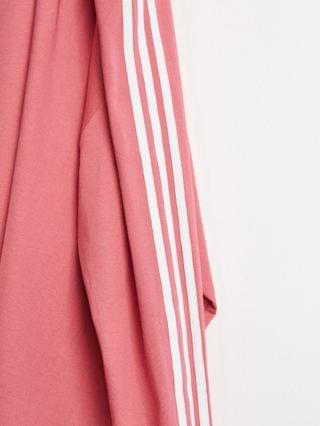 MEN adidas Originals adicolor long sleeve t-shirt in rose pink with 3-stripes