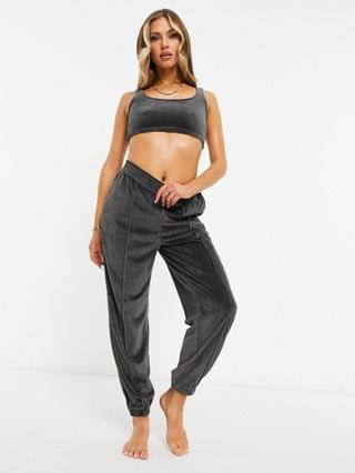 WOMEN mix & match lounge velour crop top in charcoal
