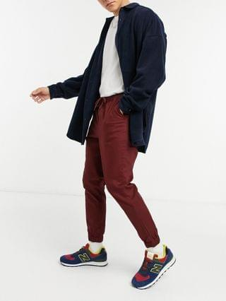 tapered chino joggers in burgundy