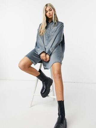 WOMEN COLLUSION satin shirt dress in charcoal