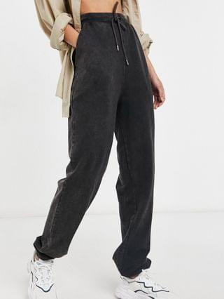 WOMEN Tall oversized sweatpants in acid wash in washed black