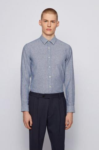 MEN Garment-washed slim-fit shirt in patterned dobby