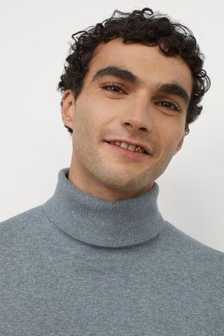 MEN Fine-knit Turtleneck Sweater