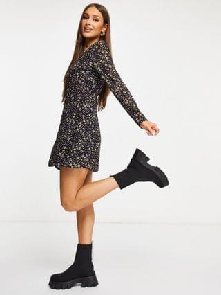 WOMEN Missguided tea dress with long sleeve in black floral