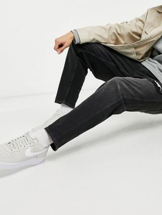 New Look original fit jeans with rip in washed black
