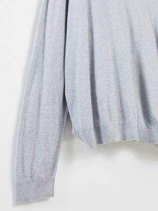 cotton turtleneck sweater in gray