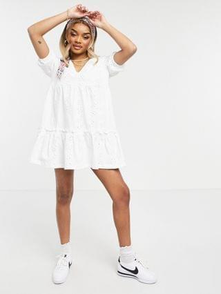 WOMEN Petite eyelet v neck smock dress with puff sleeve in white
