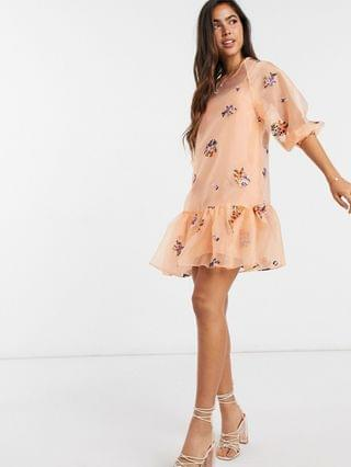 WOMEN organza embroidered mini smock dress with balloon sleeves in peach