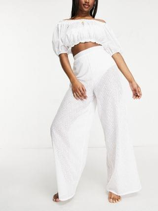WOMEN Fashion Union Exclusive crop beach top in white lace