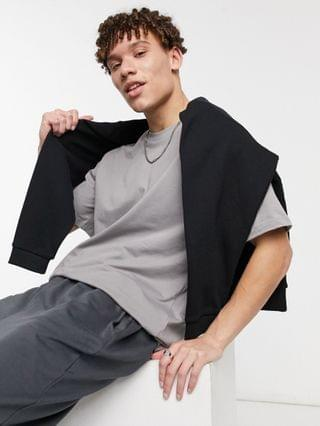 New Look oversized t-shirt in gray