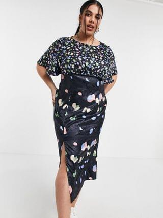 WOMEN Chi Chi London Plus floral dress in navy