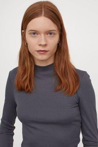 WOMEN Stand-up Collar Top