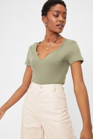 WOMEN Notch Your Girl Relaxed Crew Neck Tee