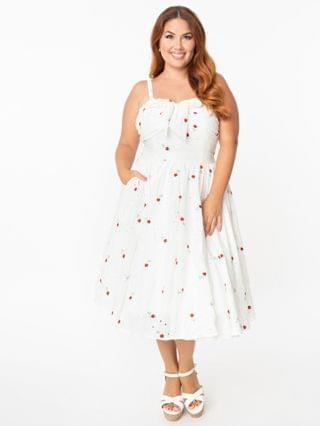 WOMEN Unique Vintage Plus Size White Eyelet & Red Roses Golightly Swing Dress