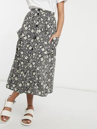 WOMEN Petite button through midi skirt with deep pocket detail in blurred floral print