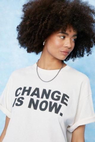 WOMEN Change is Now Oversized Graphic T-Shirt