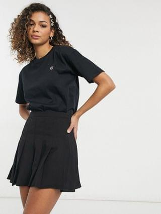 WOMEN Fred Perry crew neck T-shirt in black
