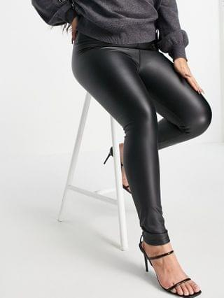 WOMEN Outrageous Fortune Plus leather look leggings in black