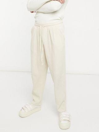 MEN oversized sweatpants in jumbo waffle with pleat details