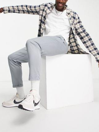 New Look pleated chino pants in gray