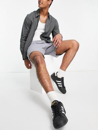 New Look pull on cargo shorts in gray